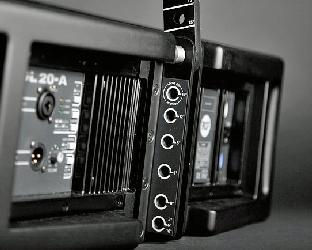 Sonido para eventos 4 por lado RCF modelo HDL-20 Alquiler de Sonido para eventos